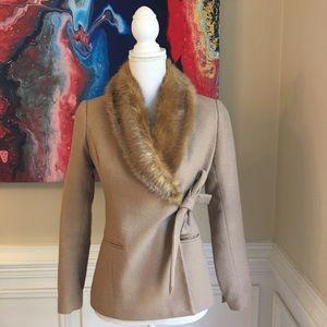BANANA REPUBLIC Camel Faux Fur Collar Wrap Blazer